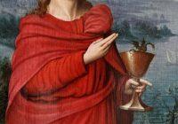 Nicht selten wird der Evangelist Johannes mit dem legendären Kelch dargestellt, aus dem er einst vergifteten Wein trinken sollte. Das Gift entweicht in Gestalt einer Schlange – oder wie hier in Gestalt eines kleinen Drachen …